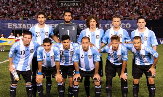 阿根廷足球明星战神_2012伦敦奥运会足球阿根廷_阿根廷队服 足球
